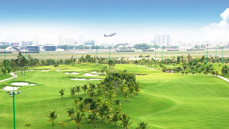 view-san-golf-long-bien-ban-ngay-ecosmartcity-longbien